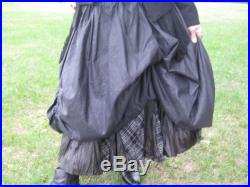 20 OFF Upcycled reconstructed balloon skirt with 2 layers