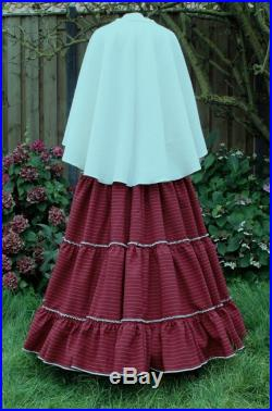 Charles Dickens skirt dark red with woolen cape size M-L-XL