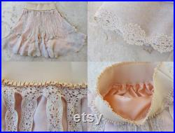 Dreamy Lace Skirt Vintage Crochet Lace skirt Preloved fabric Clothing size small 6 8 EU size 36 38