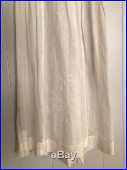 Edwardian 1900 s White Cotton Embroidered Bow Skirt Victorian Antique XS