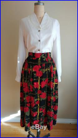 Evan-Picone Heraldic Rose Pattern Skirt, High Waisted Black Floral Skirt, Vintage size 10