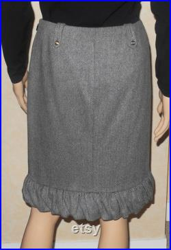 GUCCI JUPE LAINE straight, wool, chevron patterns, Italian T.40 (36 French) very beautiful condition