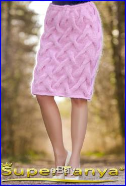 Hand knitted skirt in light pink by SuperTanya S M