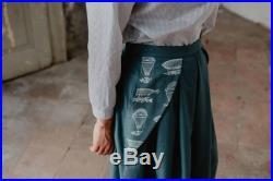 Handprinted balloons Full Midi pleated skirt in forest green. With pockets applied, midi skirt, pleated skirt, high waist