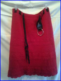 Knitted warm skirt, red