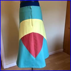 Ladies cotton drill skirt in green and yellow, size 16