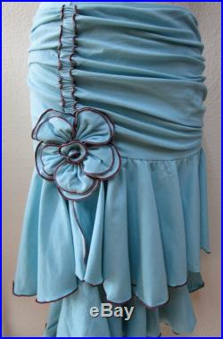 Light blue color knee length skirt or tube top with gathered design and 1 rose on each side for decoration plus made in USA (vn18)