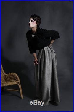 Long skirt in wool and silk