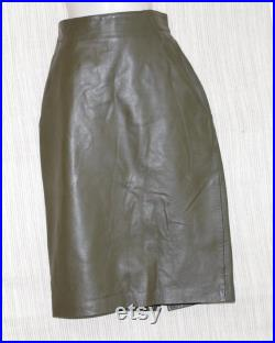OMANTI Vintage Green Leather Pencil Knee Length High Waist Skirt Size 8 Made in Hong Kong