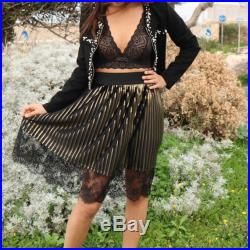 Pleated skirt with lace French