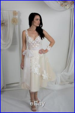 Silk satin skirt with tulle and lace overlay Size 8 LINEN and LACE Collection