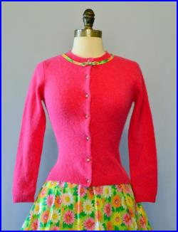 The Spring Garden Vintage Floral Full Skirt Fuzzy Sweater Outfit L Vibrant Flowers